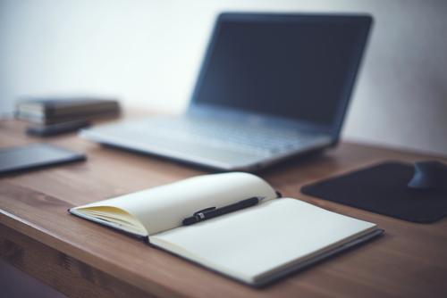 Copywriter helps HubSpot Partner Agencies